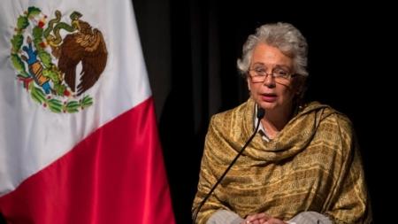 México descarta plan para detener a migrantes ante cierre de frontera de EEUU