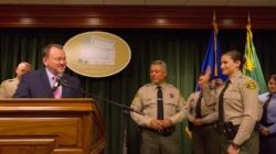 Piden deslindar más las operaciones entre ICE y alguaciles de Los Ángeles