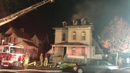 Incendio en la histórica Casa Balch deja dos muertos y un herido