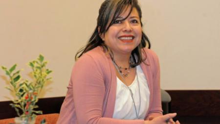 Congresista republicano reconoce gran labor de empresaria latina