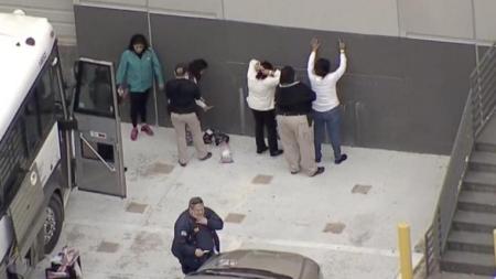 ICE detiene a más de 280 personas durante operativo en Texas