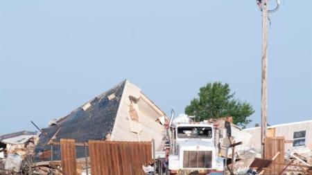 Al menos dos muertos por un tornado en Oklahoma en Estados Unidos