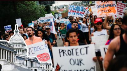 Congreso abre la ciudadanía para millones de inmigrantes