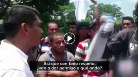 MÉXICO FRENA CON VIOLENCIA A CARAVANA MIGRANTE – MIGRANTES SE DEFIENDEN