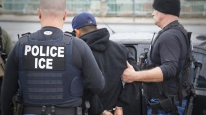 ICE: 680 inmigrantes fueron detenidos en redadas masivas