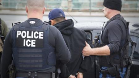 Baja por octavo mes consecutivo número de migrantes detenidos en la frontera