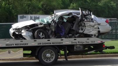 Muere mujer en aparatoso accidente