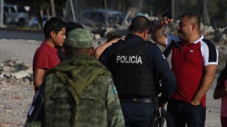Policías asaltan a migrantes cubanos en hotel de frontera mexicana con EE.UU.