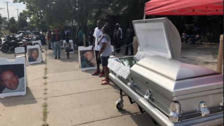 Madres protestan por el asesinato de sus hijos
