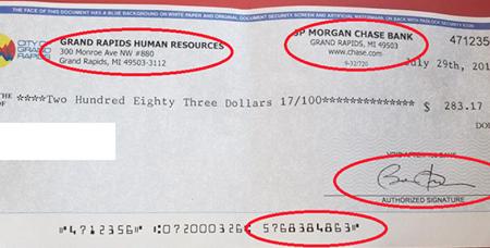 Detectan cheques falsos en GR