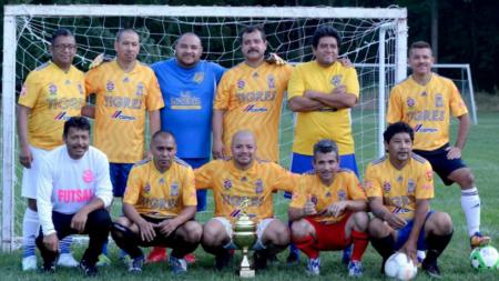 Tigres CAMPEÓN en la categoría de veteranos