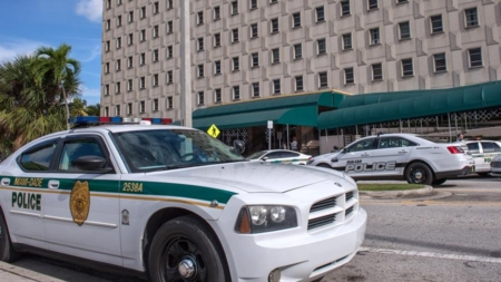 Detienen a adolescente del sur de Florida por vídeo con amenazas