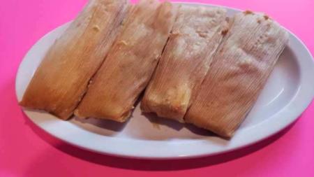 """¡Vamos a los Tamales El Kora! """"Tamales, tacos, tortas, burritos y mucho más"""""""