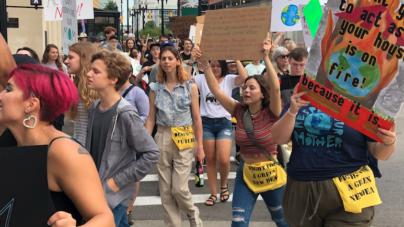 Comunidad de Michigan se une a Global Climate Strike