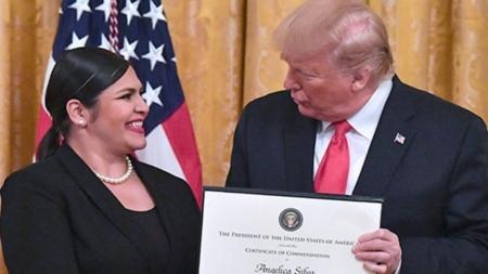 Trump homenajea a latinos que salvaron vidas durante el tiroteo en El Paso