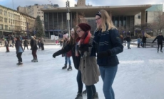 Pista de hielo Rosa Parks Circle abre para la temporada invernal