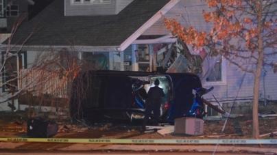 Accidente deja una mujer muerta, un hombre detenido y una casa destruida