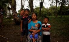 El trato a los niños inmigrantes bajo la lupa al año de la muerte de Jakelin