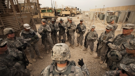 El Ejército reubicará sus tropas en Irak pero de momento no las retira