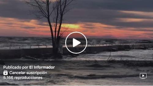 Así luce ahora mismo el hermoso lago en Muskegon, Michigan.