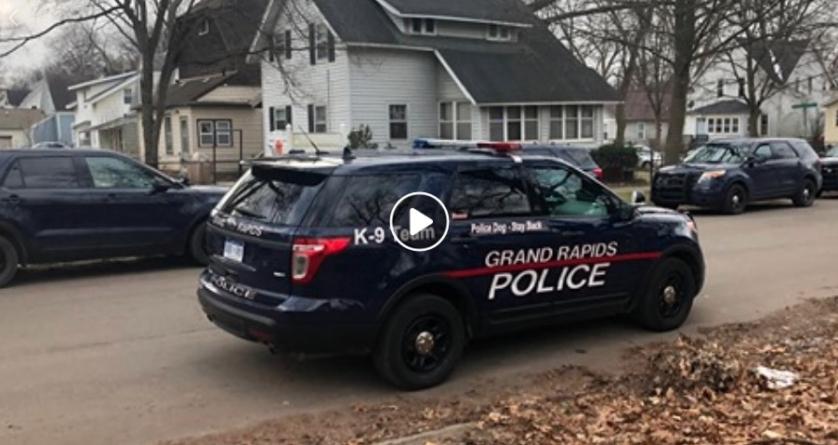 Continúan los tiroteos en Grand Rapids, MI. Operativo policiaco en el área de Black H en Grand Rapids, MI.