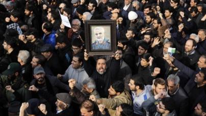 """Irán promete """"venganza severa"""" por muerte de general Soleimani a manos de Estados Unidos"""