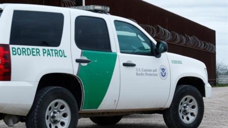 Muere en Texas un hombre bajo custodia de la Patrulla Fronteriza