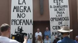 """Mexicana cumple mil días en """"santuario"""" en una pequeña iglesia de Colorado"""