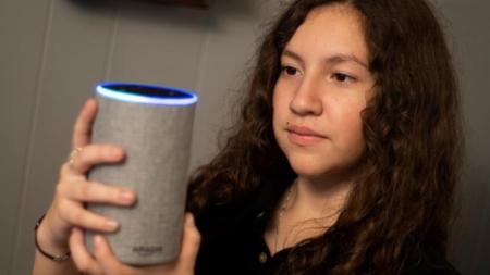 Alexa, ¿cómo pido asilo en EE.UU.? La aplicación de una niña latina responde