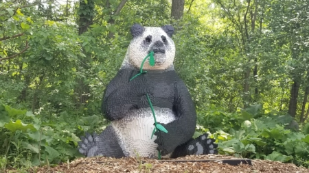 BRICKLIVE Animal Paradise llegará a John Ball Zoo