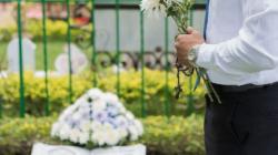 Policía de Chicago disuelve funeral por violar medida de confinamiento