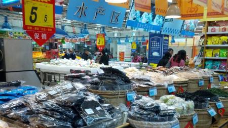 FOTOS: Abren mercados que venden murciélagos, perros y gatos en China