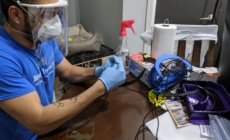 Ingenieros latinos crean red tecnológica para ayudar a combatir la COVID-19