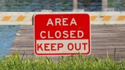 Cierran áreas en zonas públicas