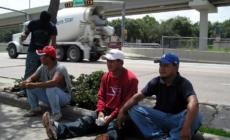 Desempleo por coronavirus golpea los hispanos, que ven el futuro con temor