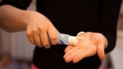 Nuevos casos de Covid-19 en Chicago; mientras tanto expertos en salud advierten sobre la ingesta de desinfectantes