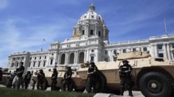 """Asesor de Seguridad Nacional: Hay """"manzanas podridas"""" en la policía"""