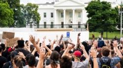 """Los gritos de """"no puedo respirar"""" llegan hasta la Casa Blanca"""