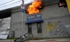 Disturbios afectaron a distrito de Minneapolis renovado por la inmigración