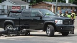 Motociclista pierde la vida luego de impactarse contra una Pick Up